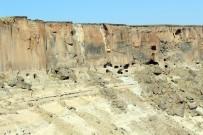 Ağrı'nın Sarp Kayalıklar İçerisindeki 'Saklı Cenneti' Meya Mağaraları