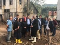 AK Parti Trabzon Milletvekili Ayvazoğlu Araklı'da Sel Bölgesinde İncelemelerde Bulundu