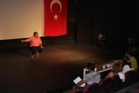 OYUNCULUK - Kuşadası Belediyesi Kadın Ve Yetişkin Tiyatrosu Seçmeleri Tamamlandı