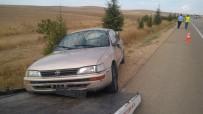 Lastiği Patlayan Otomobil Karşı Şeride Geçti Açıklaması 6 Yaralı