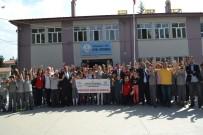 EBRU SANATı - Öğrenciler Karahisar Gençlik Merkezi Etkinliğinde Doyasıya Eğlendi