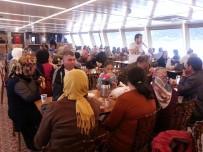 ÜSKÜDAR BELEDİYESİ - Özel Çocuklar Ve Aileleri Boğaz Turu  Yaptı