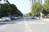 KıNıKLı - Pamukkale Belediyesi, 10 Günde Caddeyi Kullanıma Açtı