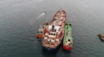 BOSPHORUS - Zeytinburnu Açıklarında Kazaya Karışan Gemiler Havadan Görüntülendi