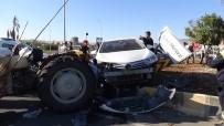 Aynı Kavşakta Bu Defa Traktörle Otomobil Çarpıştı Açıklaması 3 Yaralı