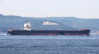 Hasarlı Gemi Çanakkale Boğazı'ndan Geçti