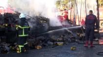 MEHMET UÇAR - Kilis'te Seyir Halindeki Tırda Yangın