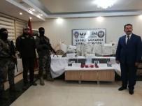 Mardin'de Bombalı Araç Ele Geçirildi Açıklaması 5 Gözaltı