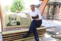 ARIF NIHAT ASYA - Pamukkale'de Gençleri Yeni Buluşma Noktası Kitap Cafe