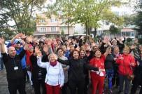 AVCILAR BELEDİYESİ - Sağlıklı Bir Yaşam İçin 'Spor Avcıları' Görevde