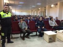 Sason'da Servis Şoförlerine Trafik Eğitimi Verildi