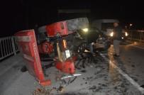 Tokat'ta Otomobil Traktöre Çarptı Açıklaması 2 Yaralı