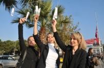 YOL HARITASı - AK Parti Aydın Gençlik Kolları 3 Bin Kitap Ayracı Astı