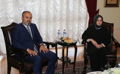 Başkan Aktaş, AK Parti İnsan Haklarından Sorumlu Genel Başkan Yardımcısı Usta'yı Ağırladı