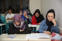 Büyükşehir'den Afganlara Türkçe Eğitimi