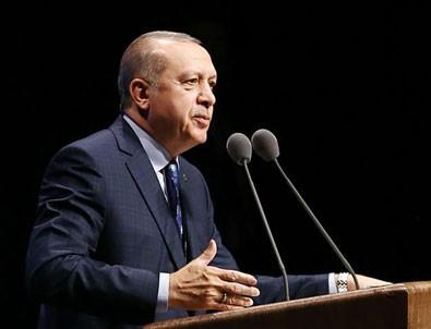 Cumhurbaşkanı Erdoğan'dan Türkçe ezan tepkisi