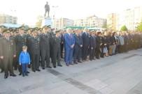 GARNIZON KOMUTANLıĞı - Edremit'te 10 Kasım Atatürk'ü Anma Törenleri