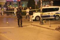 BAHÇELİEVLER - İstanbul'da Silahlı Kavga Açıklaması Biri Polis 3 Yaralı