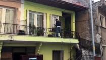 ZIRHLI ARAÇLAR - İzmir'de Terör Örgütünün Hücre Evine Operasyon