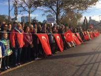 YÜRÜYÜŞ YOLU - Kadıköy'de Ata'ya 6 Buçuk Kilometrelik Saygı Zinciri