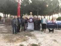 Mahalleliden Atatürk'e Kasımpatılı Anma