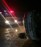 Mardin'de Servis İle Otomobil Çarpıştı Açıklaması 6 Yaralı