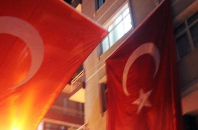 Şehit Ateşi İstanbul'a Düştü