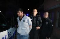 Sokak Ortasında Rastgele Ateş Açan 3 Kişi Polisi Alarma Geçirdi