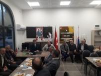 Başkan Alemdar, Muhtarlarla Yeni Dernek Binasında Bir Araya Geldi