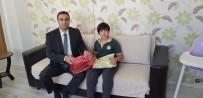 Cumhurbaşkanı Erdoğan'ın Dağıttığı Hediyelerden Alamayan Çocuğa Özel Hediye Gönderildi