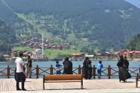 ATATÜRK HEYKELİ - Doğu Karadeniz Bölgesi'ni 10 Ayda 3 Milyon 770 Bin Turist Ziyaret Etti