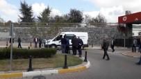 KUTLAY - Eski Kocası Tarafından Öldürülen Kadın Ve Kardeşinin Cenazesi Ailesine Teslim Edildi