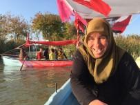 ARKEOLOJİK KAZI - (Özel) Balıkçı Kadınlar Artık Ekmek Tekneleriyle Turistleri Gezdiriyor