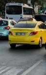 GENÇ KADIN - (Özel) Kadın Turist Kendisini Dolandırmaya Çalışan Taksiciyi Görüntüledi