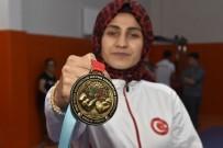 BİLEK GÜREŞİ - Pes Etmedi, Çalıştı 3 Yılda Dünya Şampiyonu Oldu