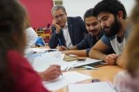 NECDET BUDAK - Rektör Budak'tan Kütüphanede Sabahlayan Öğrencilere Ziyaret