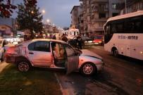 Sakarya'da 3 Aracın Karıştığı Trafik Kazasında 7 Kişi Yaralandı