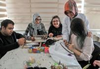 BEDENSEL ENGELLİ - Aile Merkezlerinde Engeller Aşılıyor