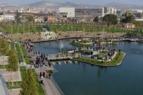 Başkan Gül, 'Kentpark Çorum'a Çok Yakıştı'