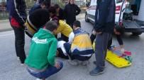ATATÜRK BULVARI - Bilecik'teki Tek Taraflı Kazada 1 Kişi Yaralandı