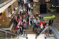 ZİYARETÇİLER - Bursalılar Hafta Sonu Fetih Müzesi'ne Akın Etti