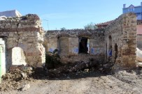 İŞ MAKİNESİ - Çatalca'da Sit Alanda Kaçak Kazı Operasyonu Açıklaması 7 Gözaltı