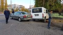 Develi'de Trafik Kazası Açıklaması4 Yaralı