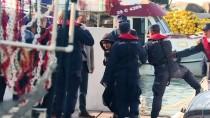 GÜNCELLEME 3 - Dikili'de Düzensiz Göçmenleri Taşıyan Tekne Battı Açıklaması 4 Ölü