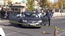 GÜNCELLEME - Diyarbakır'da Adliye Önünde Silahlı Kavga Açıklaması 1 Ölü, 1 Yaralı