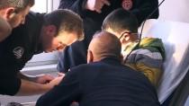 İTFAİYECİLER - İtfaiyeciler Umut'a Acil Serviste Müdahale Etti