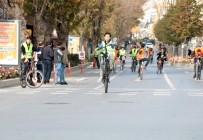 Kırşehir'de Bisiklete Binme Etkinliği