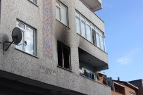 CENAZE ARACI - Küçükçekmece'de Yangında Ölen MS Hastası Kadının Cenazesi Adli Tıp Morguna Kaldırıldı