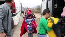 MEDİKAL KURTARMA - Öğrencileri Taşıyan Gezi Otobüsleri Kaza Yaptı Açıklaması 11 Yaralı