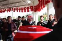 CENAZE NAMAZI - Şehit Cenazesinde Silah Arkadaşlarından Yürekleri Burkan Veda